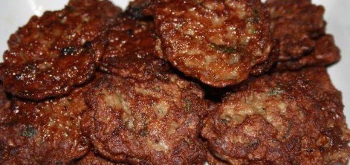 Печеночные оладьи из говяжьей печени с манкой