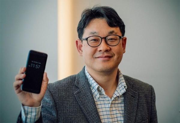 представитель Samsung