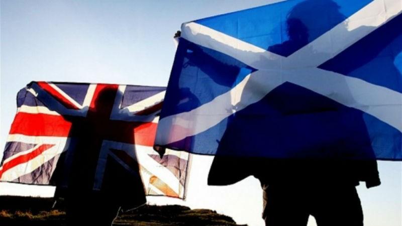 Парламент Шотландии проголосовал за независимость