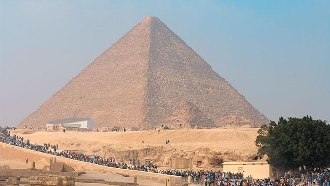В пирамиде Хеопса
