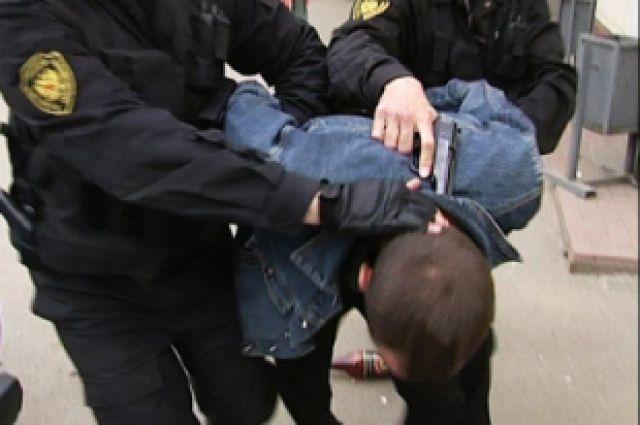В Киеве с ножом напали на охранника